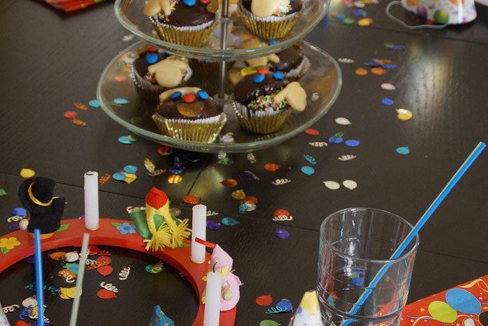 Przyjęcie urodzinowe dla dziecka w domu – radzimy, jakie przekąski możesz przygotować specjalnie dla dzieci