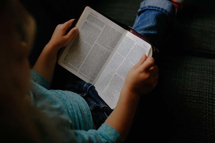 Jak nauczyć dziecko czytać ze zrozumieniem?