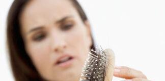 Czym jest łysienie plackowate