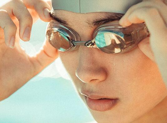 Na jakie okulary do pływania postawić